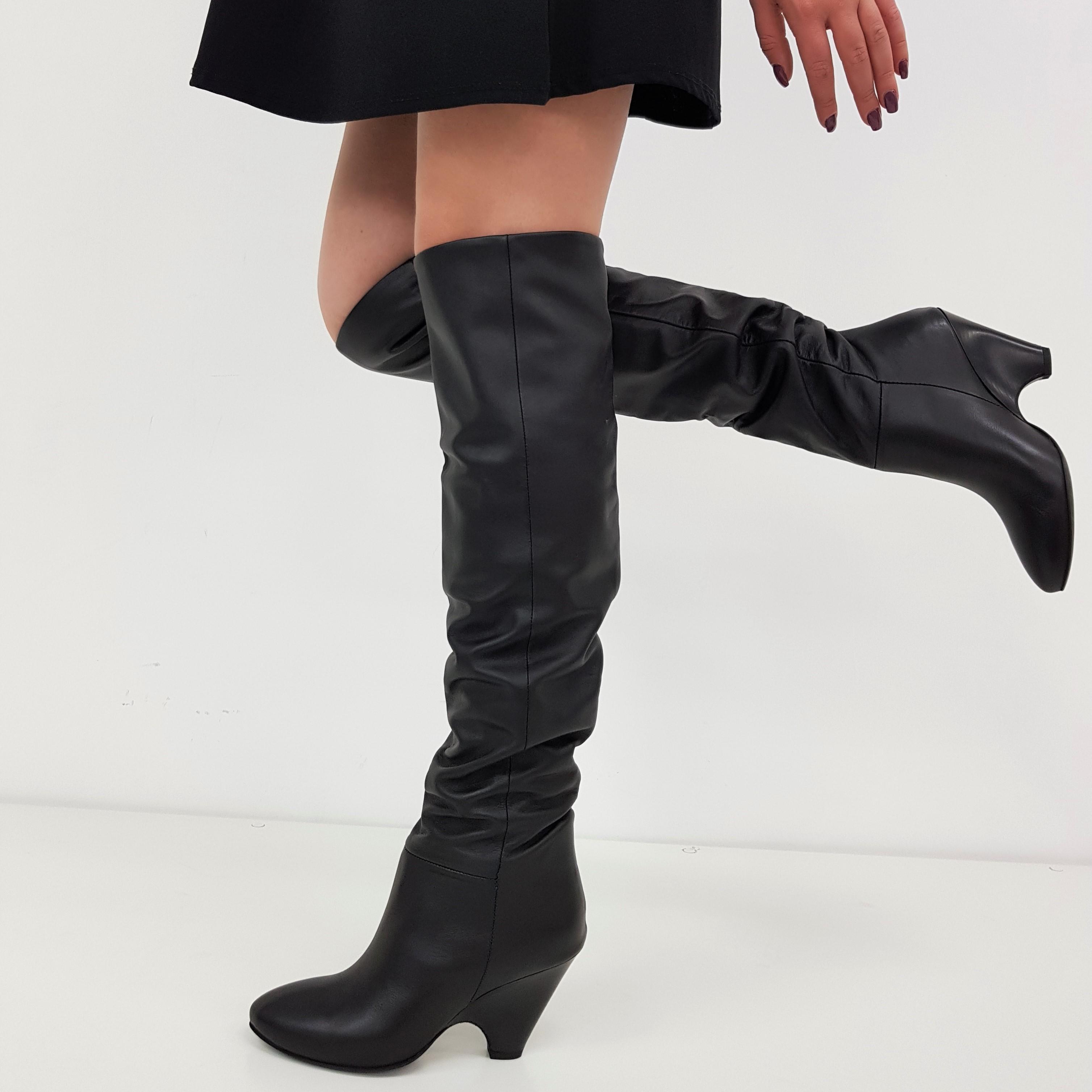 stivali sopra ginocchio pelle