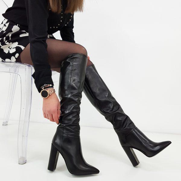 stivali sul ginocchio con tacco neri